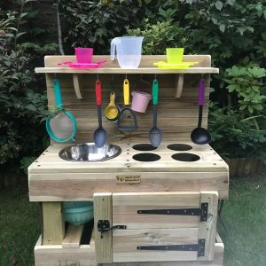 mud kitchen oven
