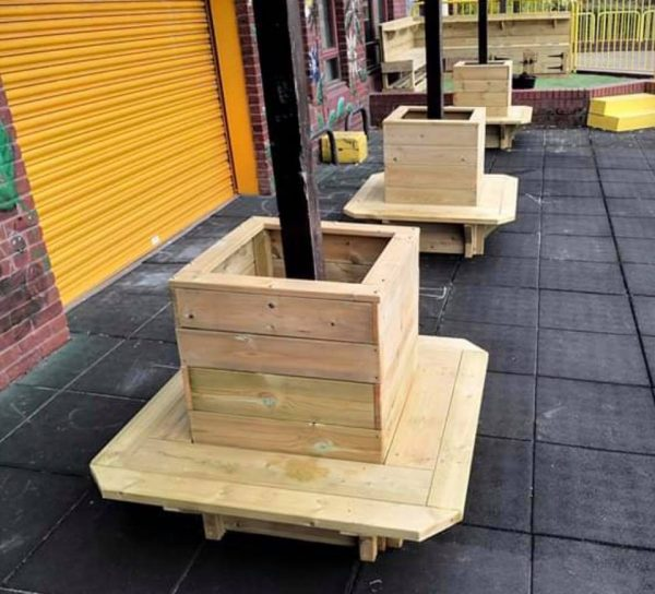 Wooden Post Planter With Benches